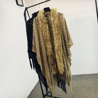 坎蒂秋冬新款毛领斗篷披肩外套网眼镂空蝙蝠流苏针织开衫宽松女装