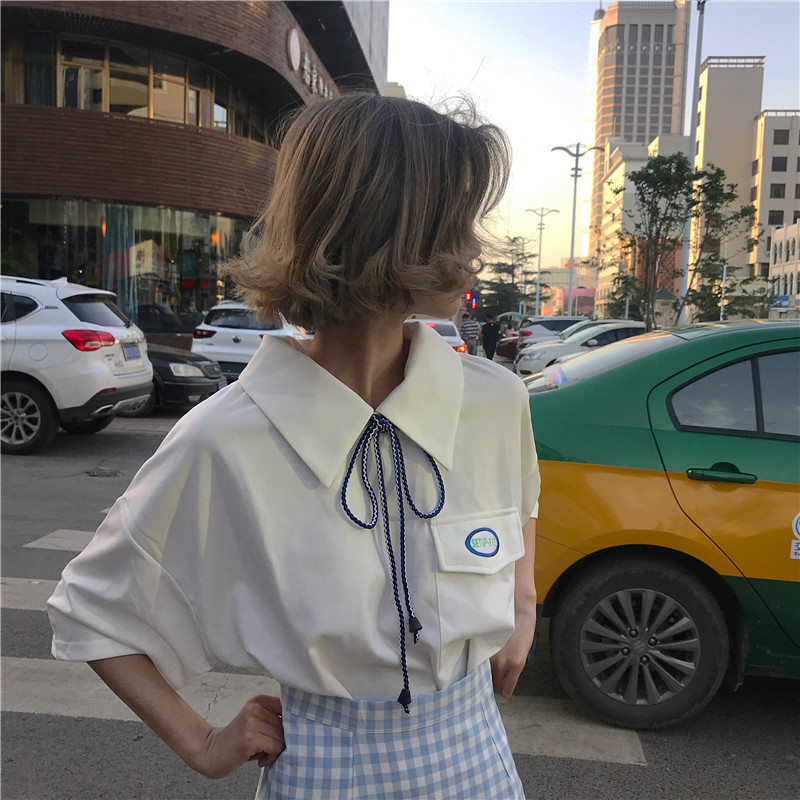 White short-sleeved shirt female summer 2018 new Korean version of loose students wild was thin