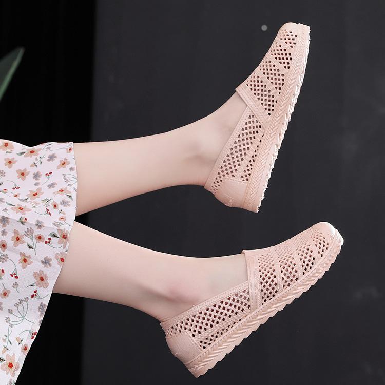 夏新款凉鞋女沙滩洞洞鞋鸟巢跳舞塑料鞋平底透气防滑休闲妈妈鞋