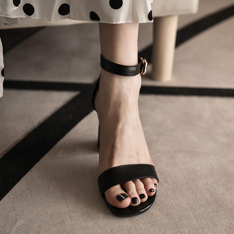 卡菲曼 高品质真皮高跟凉鞋女一字带粗跟罗马风格夏季露趾女鞋子