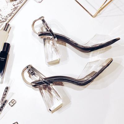 2018夏季方头粗跟凉鞋女透明高跟女单鞋性感一字带水晶粗跟高跟