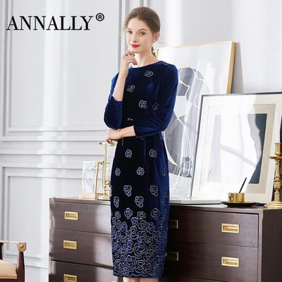 Annally2018秋冬新款气质优雅时尚名媛修身深蓝色丝绒绣花连衣裙