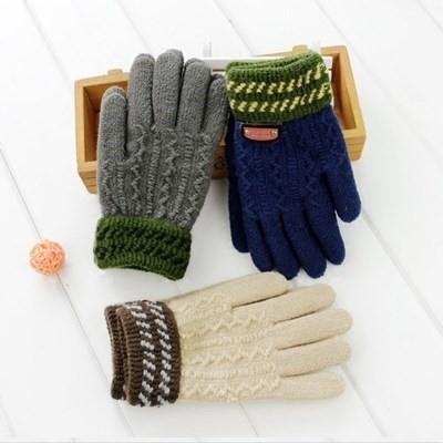宝宝手套男童冬季儿童自行车手套 加绒保暖中大童小学生五指手套图片