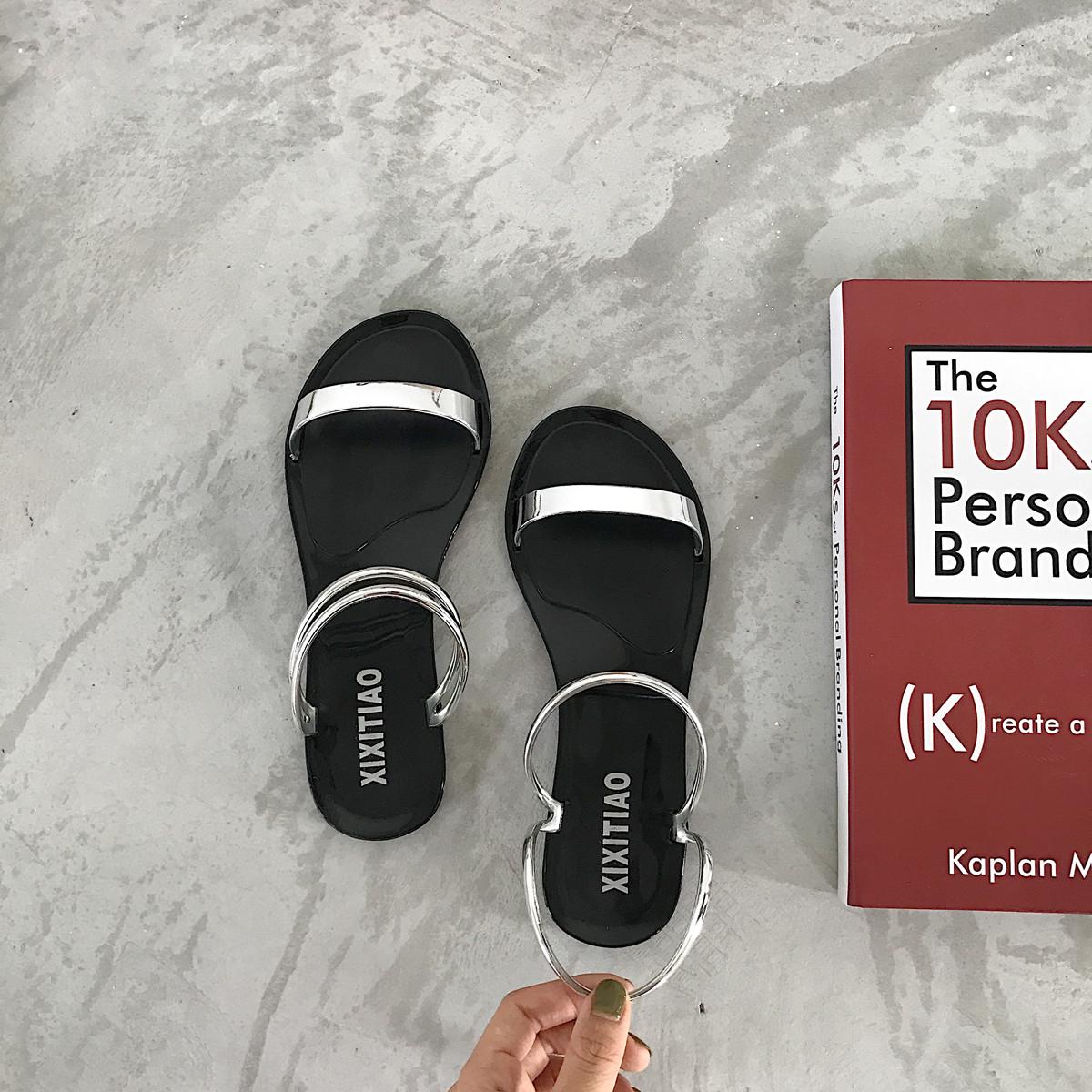 夏季韩版时尚新款平底休闲简约罗马学生两穿防滑百搭二字凉鞋女夏