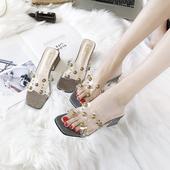 拖鞋女夏外穿2018新款韩版百搭露趾中粗跟铆钉一字凉拖学生罗马鞋