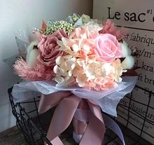 天然真花保鲜永生花玫瑰绣球创意花束礼品盒新娘手捧花婚纱拍照