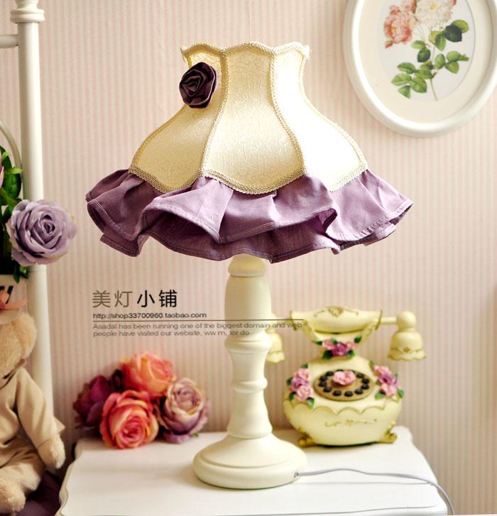 紫色欧饰床头