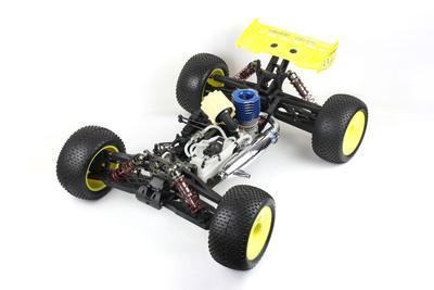 特价兴耀华1:8超大油动四驱卡车08413遥控车模28级引擎高速车模型
