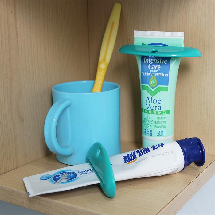 日本KM正品创意懒人牙膏挤压器 洗面奶 护手霜化妆品挤压器 2枚装