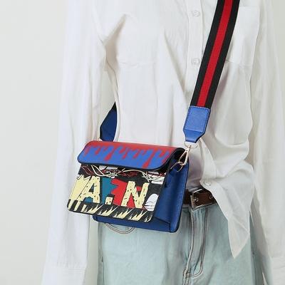 女包ulzzang2017新款小方包宽肩带原宿风斜挎小包ins爆款包单肩包