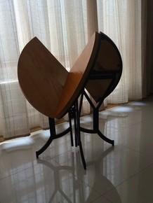 新款折叠桌小户型户外旅行休闲吧餐桌椅圆桌实木做旧咖啡桌电脑桌