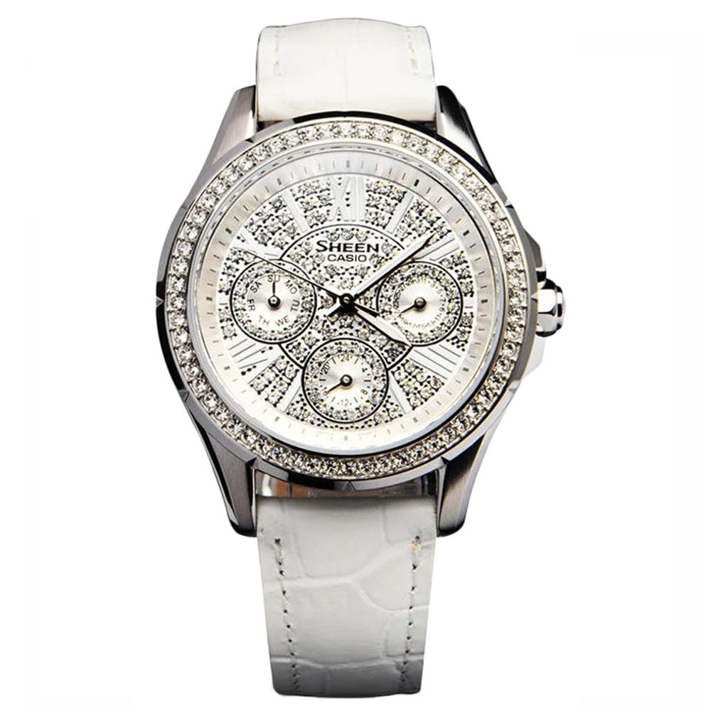 卡西欧女款白色手表