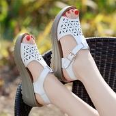 天天特价真皮坡跟凉鞋女夏中跟2017新款粗跟厚底韩版学生平底女鞋