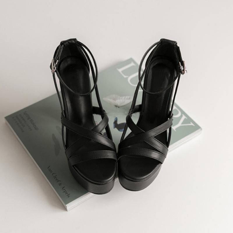 2019夏季新款真皮粗跟凉鞋女士防水台超高跟鞋罗马黑色复古女鞋