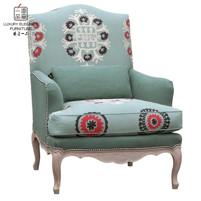 刺绣单人沙发
