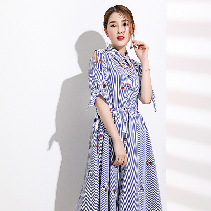 气质美裙_本雅妮 气质减龄甜美花朵刺绣连衣裙3元优惠券