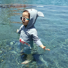Children's swimwear boys and girls conjoined shark sunscreen quick-drying baby child baby 1-3 years old long-sleeved swimwear