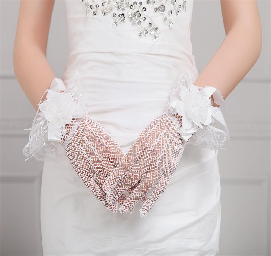 5588 new limited berserk bride wedding dress Korean bow crystal short sunscreen gauze gloves