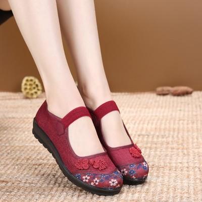 新款老北京布鞋女单鞋平底舒适防滑春秋平跟软底中老年女鞋妈妈鞋