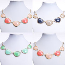 1PC New Fashion Women's Heart Resin Imitation Agate Bib Chok