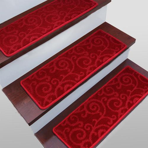 红色胶楼梯垫