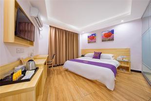 广州时空公寓新白云国际机场旗舰店标准大床房