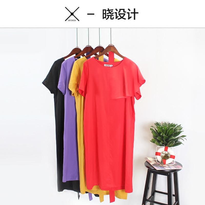 红色长款连衣裙腰带
