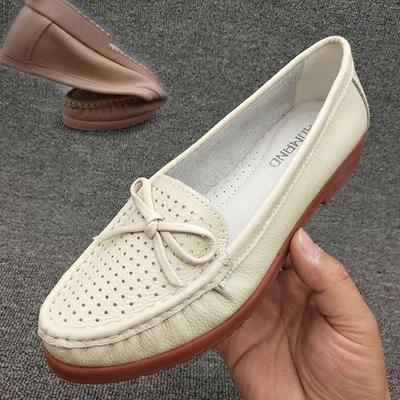 清仓撤柜特价处理妈妈凉鞋 夏季真皮女鞋软底防滑 洞洞镂空小白鞋