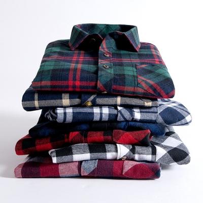 保暖衬衣青年