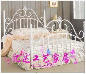 欧式钢木床