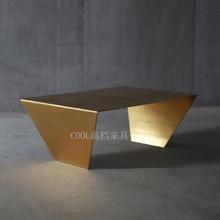 北欧现代黄铜拉丝茶几 不锈钢金属茶桌样板房设计师个性金色边几