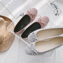春秋甜美蝴蝶结浅口圆头白色高跟鞋中跟粗跟工作鞋漆皮低跟女单鞋