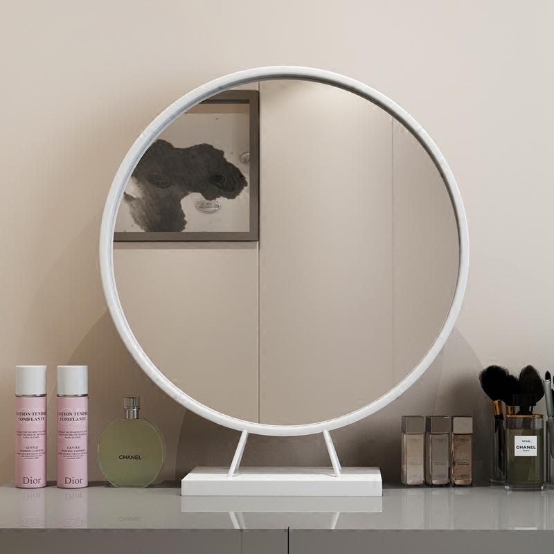 北欧创意金色化妆镜子梳妆台圆形台式镜卧室镜浴室镜卫生间镜子