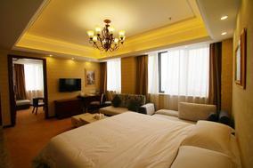 维也纳国际酒店(上海浦东国际机场自贸区店)行政双床房