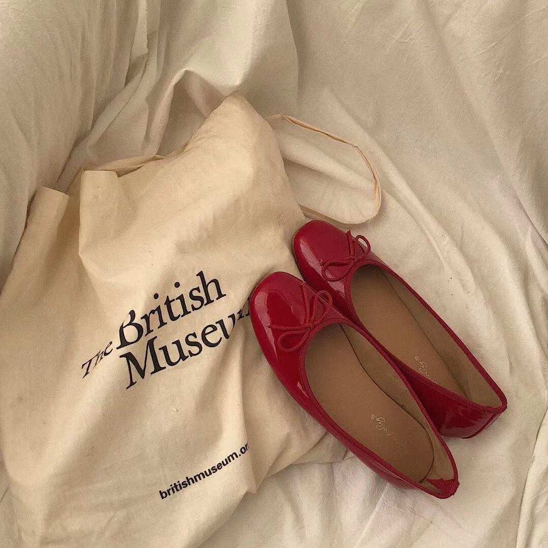 红色单鞋平跟韩国