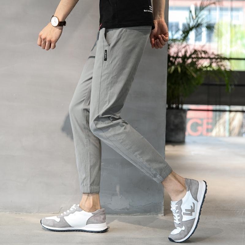 浅色9分裤男裤