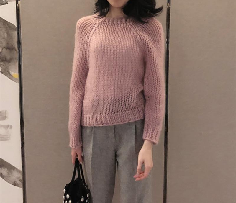 紫色的毛衣