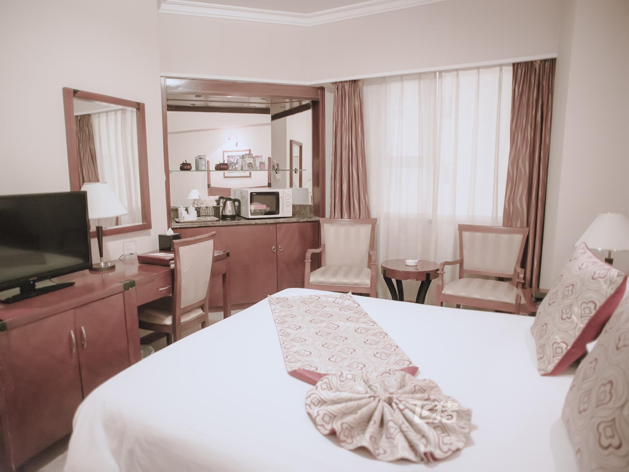 上海中福大酒店大床房