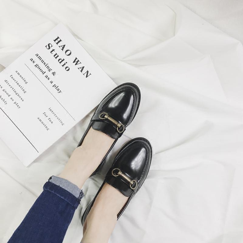 秋季新款英伦学院风金属扣布洛克小皮鞋复古低跟乐福鞋女单鞋 2017