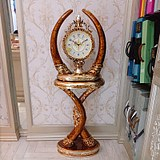 European luxury floor-to-ceiling clock living room retro clock creative fashion resin decoration clock ivory floor clock American
