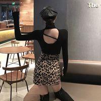 2018秋冬新款性感露背打底衫chic韩版后背镂空T恤女修身时尚上衣